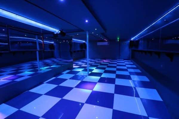 M.V Avontuur IV, Dance Floor
