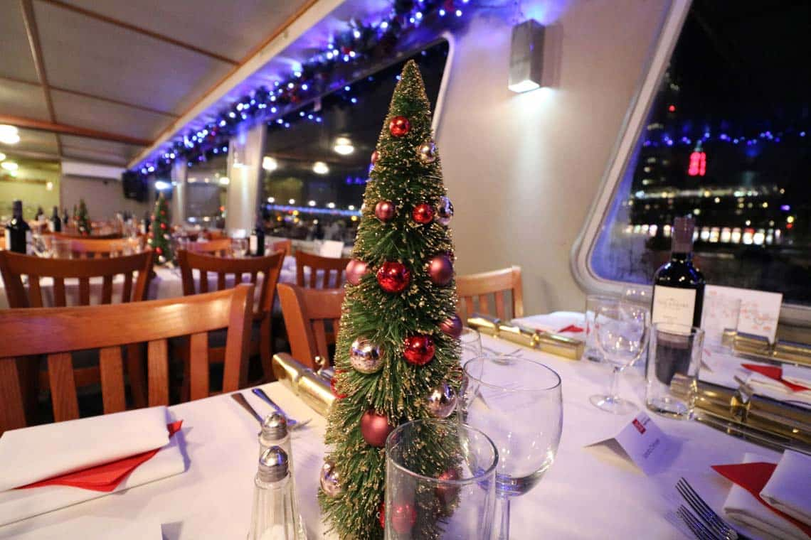 Christmas Cruises.Winter Christmas 2018 With Viscount Cruises On London S River Thames