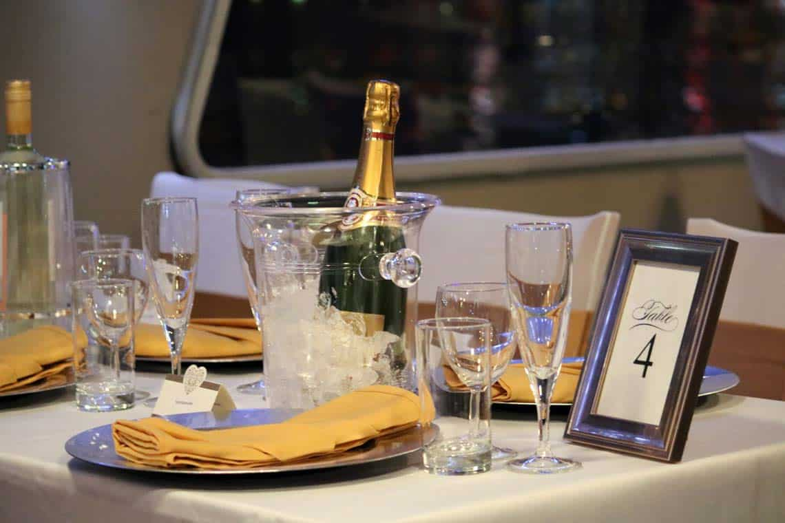 Private Charters & Celebration Cruises | Viscount Cruises
