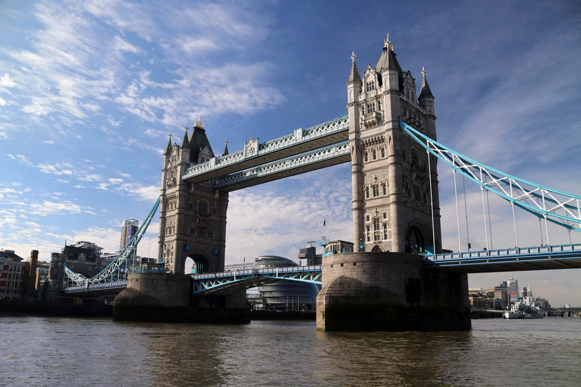 Tower Bridge | Viscount Cruises