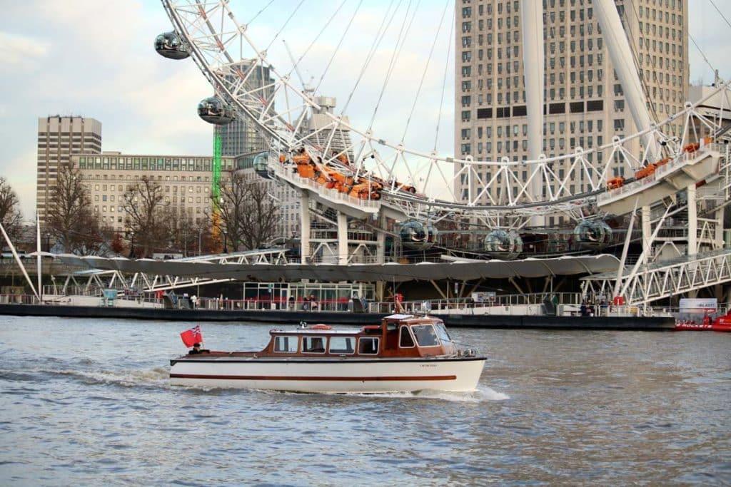 M.V Churchill | Viscount Cruises