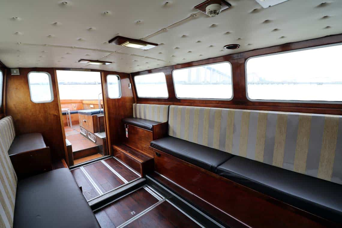 M.V Churchill, Saloon | Viscount Cruises