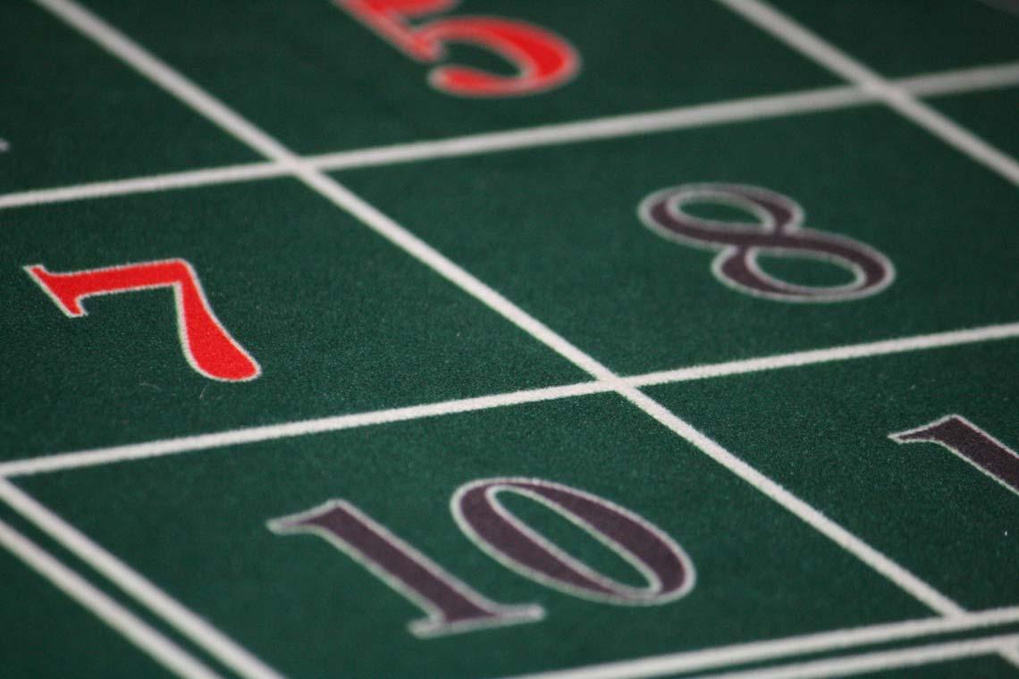 Casino Tables, Blackjack | Viscount Cruises