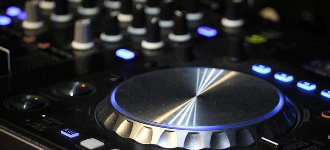 Hospitality, DJ's & Discos | Viscount Cruises