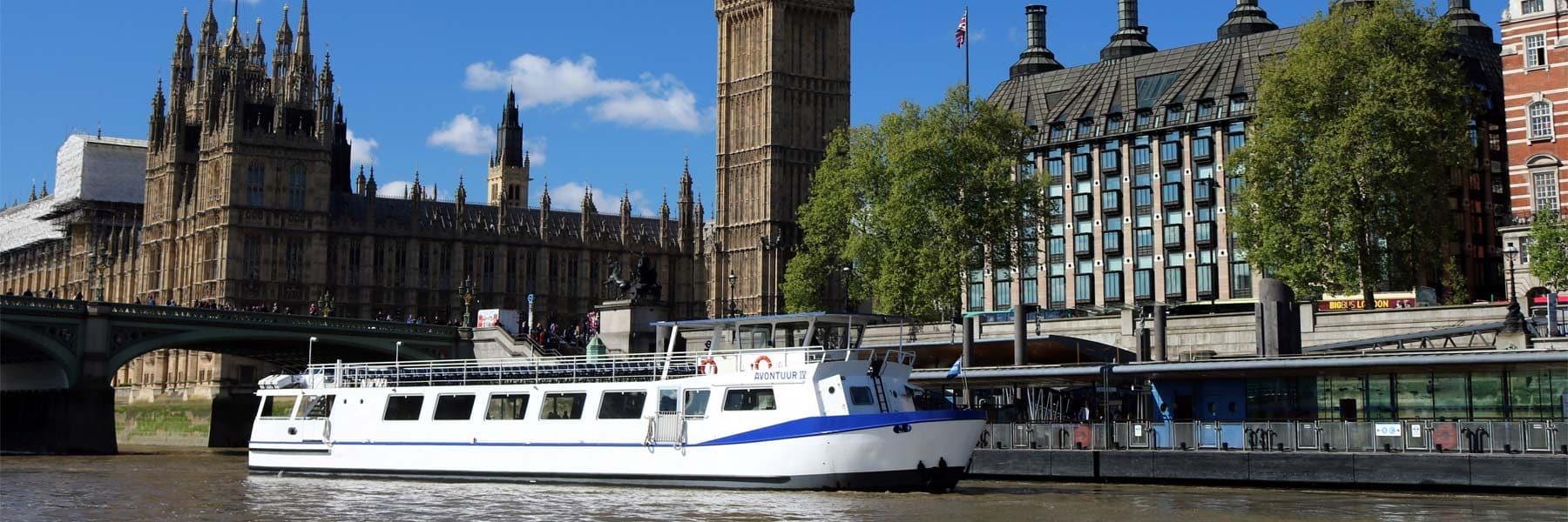 M.V Avontuur IV approaching Westminster Millennium Pier