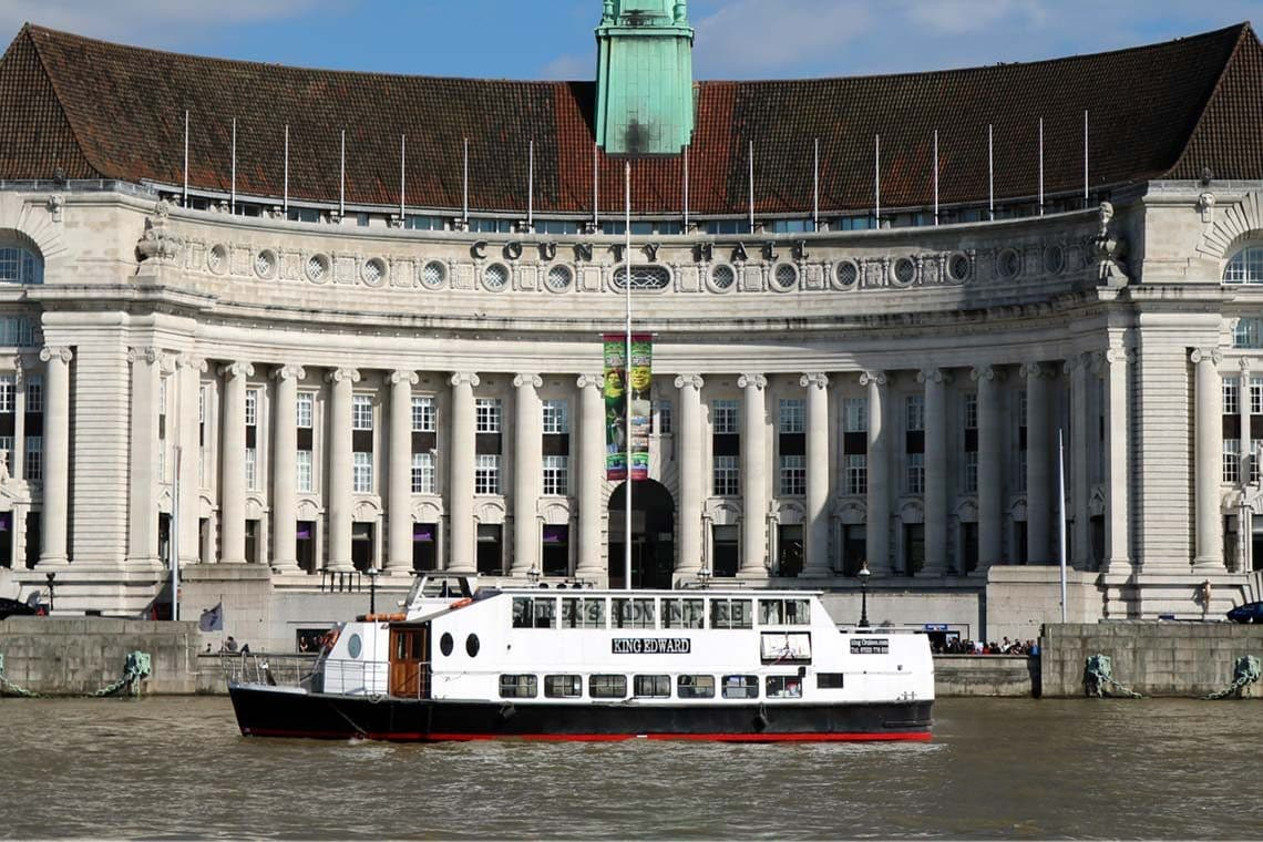 M.V King Edward passing County Hall