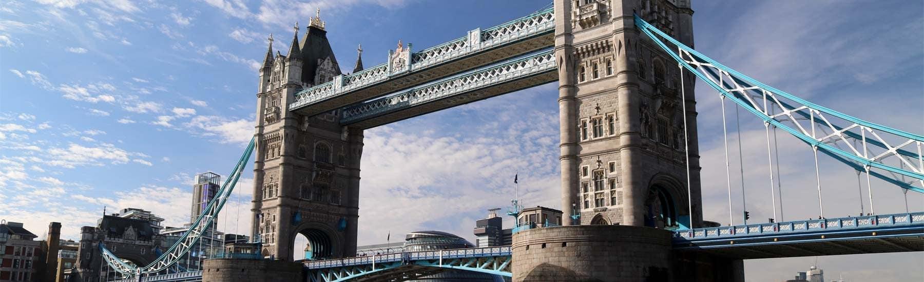 Thames River Sightseeing, Tower Bridge