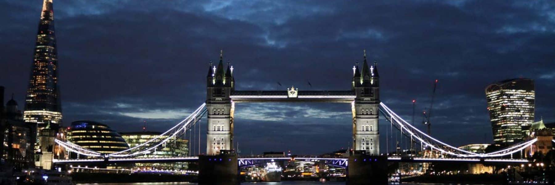 New Year's Eve Cruises, Tower Bridge & The Shard | Viscount Cruises