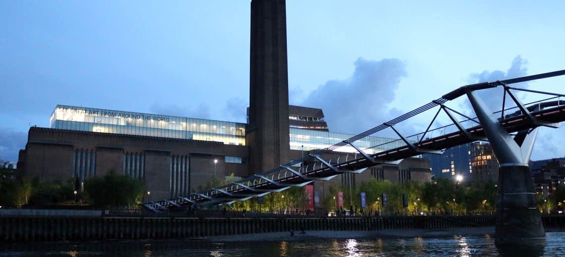 Tate Gallery of Modern Art & the Millennium Bridge