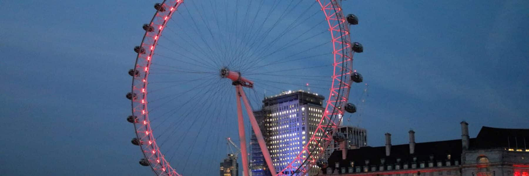 The London Eye & County Hall at dusk