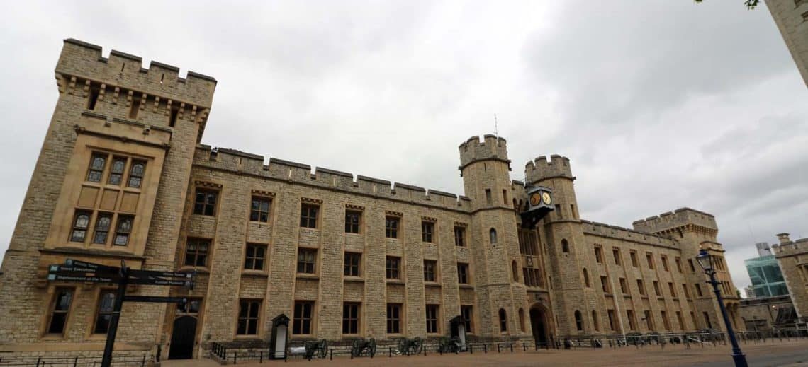 Tower of London, Waterloo Barracks