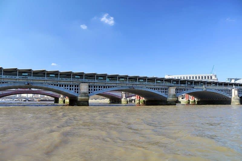 Blackfriars Railway Bridge, Upper Pool