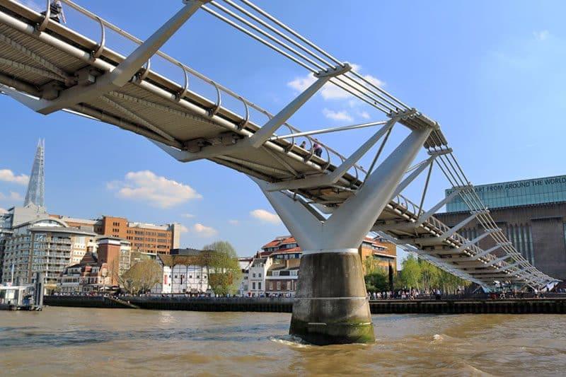 Millennium Bridge, Upper Pool