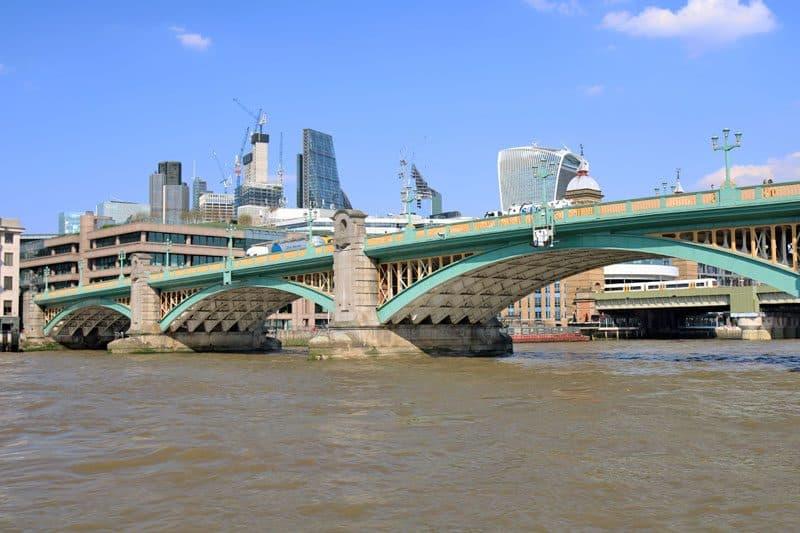 Southwark Bridge, Upper Pool