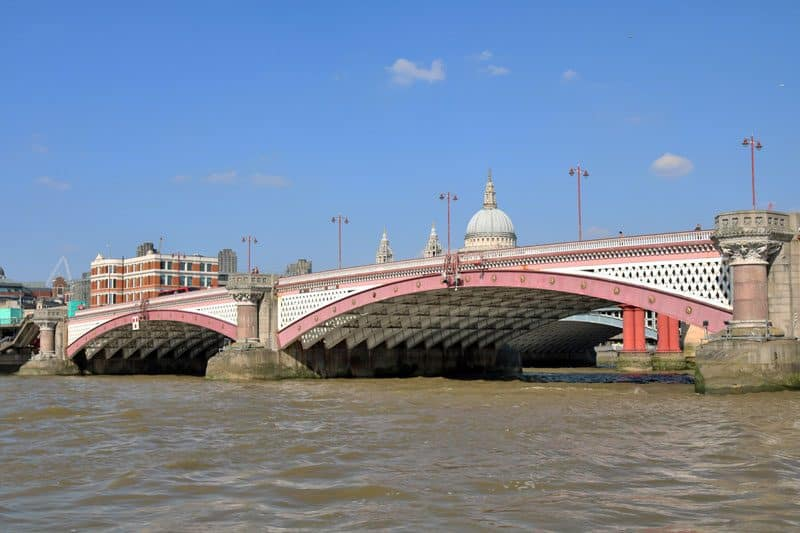 St. Paul's Cathedral & Blackfriars Road Bridge