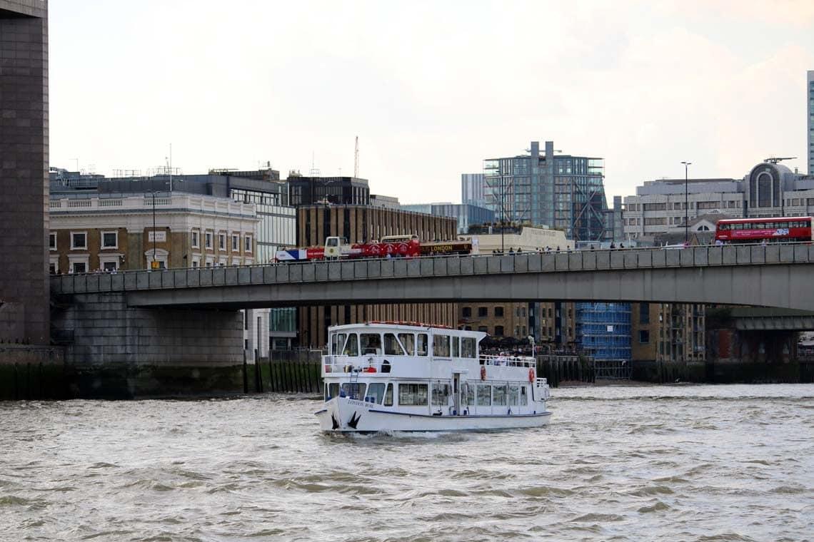 Thames Sunday Evening Cruise   Viscount Cruises