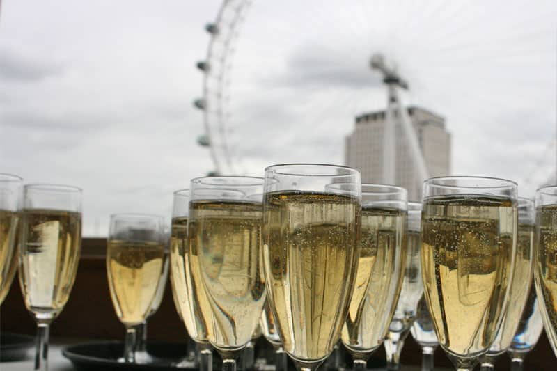 Corporate Charters & Events in London, Champagne Reception