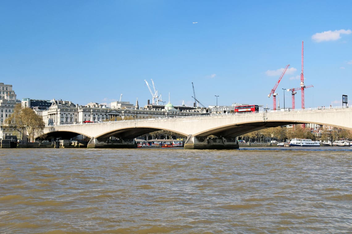 Waterloo Bridge, Kings Reach