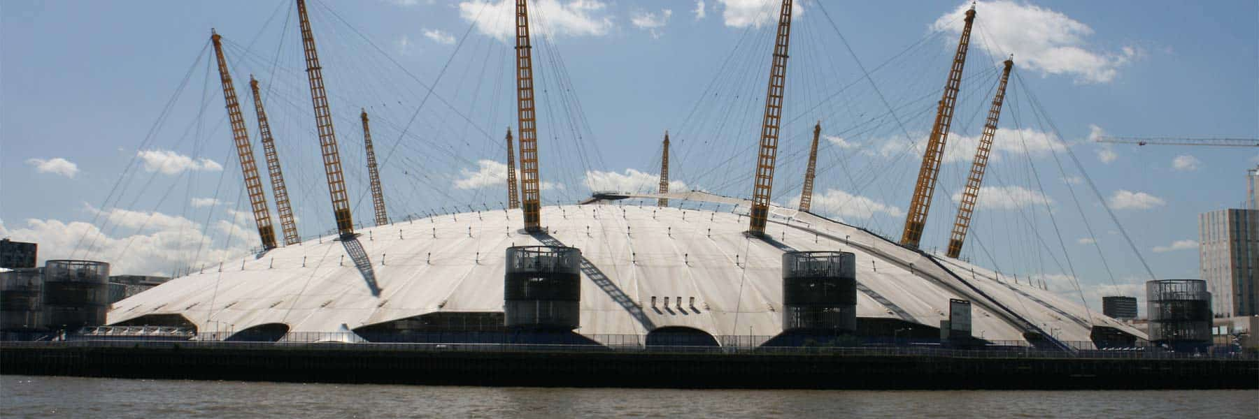 River Thames Transfers in London with Viscount Cruises